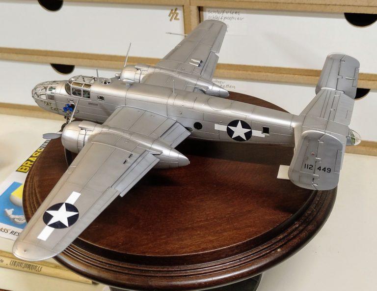 B-25B_3; Aifix; 1_72