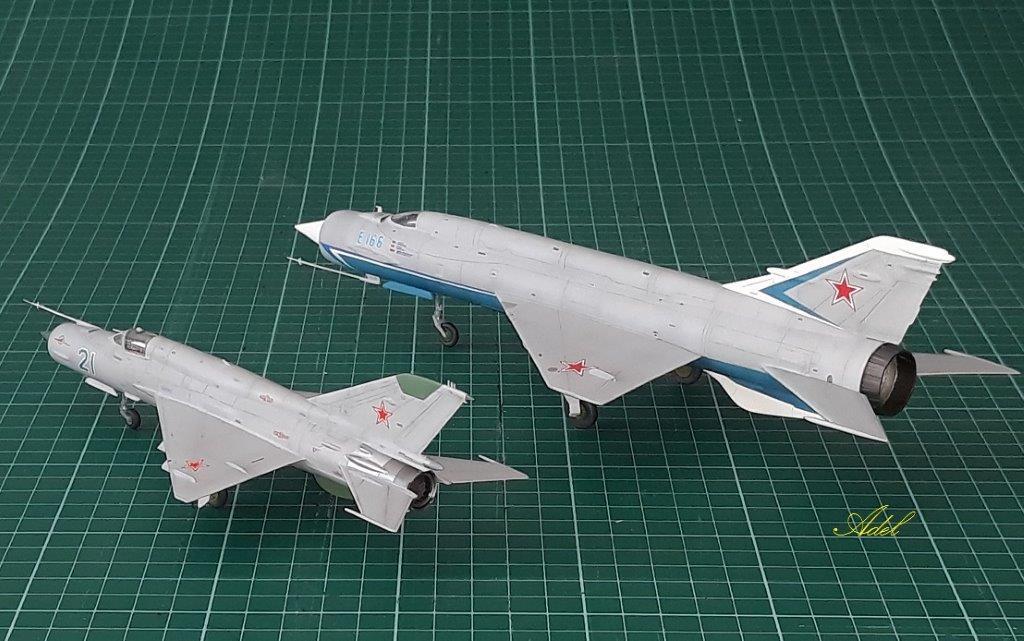 Adel Makhlouf / MiG-21mf_ E-166 / 1:72