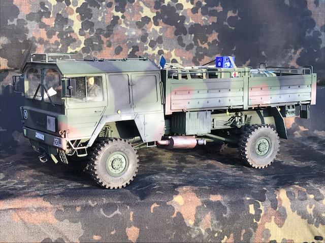 Helmut Sandmann the tanking people / MAN Kat 1 4x4 5 to / 1:16